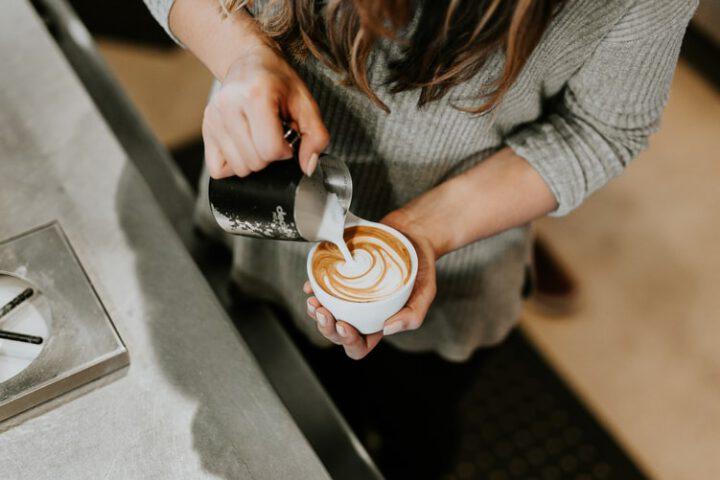 Waar moet je aan denken bij het beginnen van een koffiezaak?